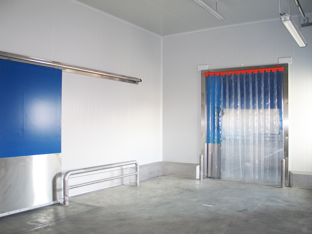 Strip curtain: specificities
