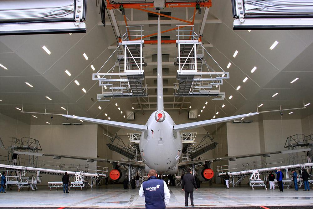 Salas de pintura a gran escala para aviones